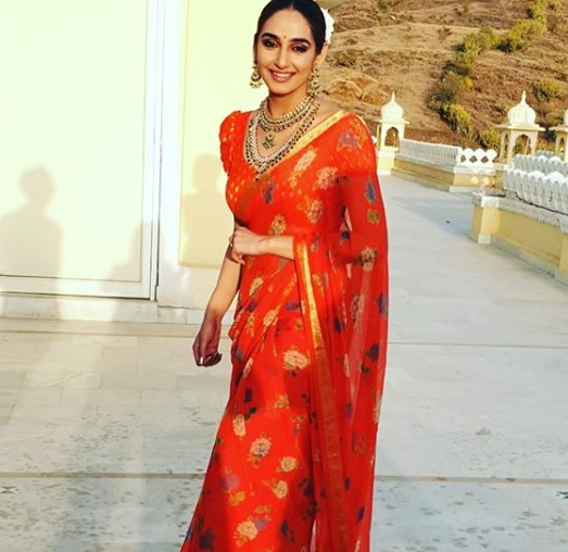 Ragini Dwivedi Wiki, Age, Husband Name, Instagram, Photos ...